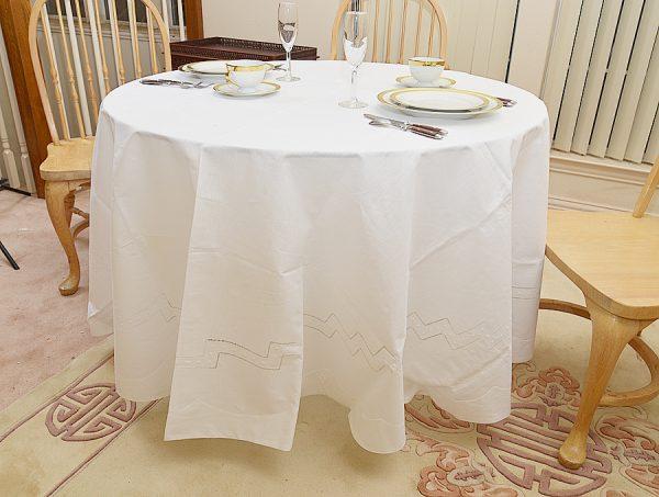 "Festive tablecloth. 90""Round tablecloth."